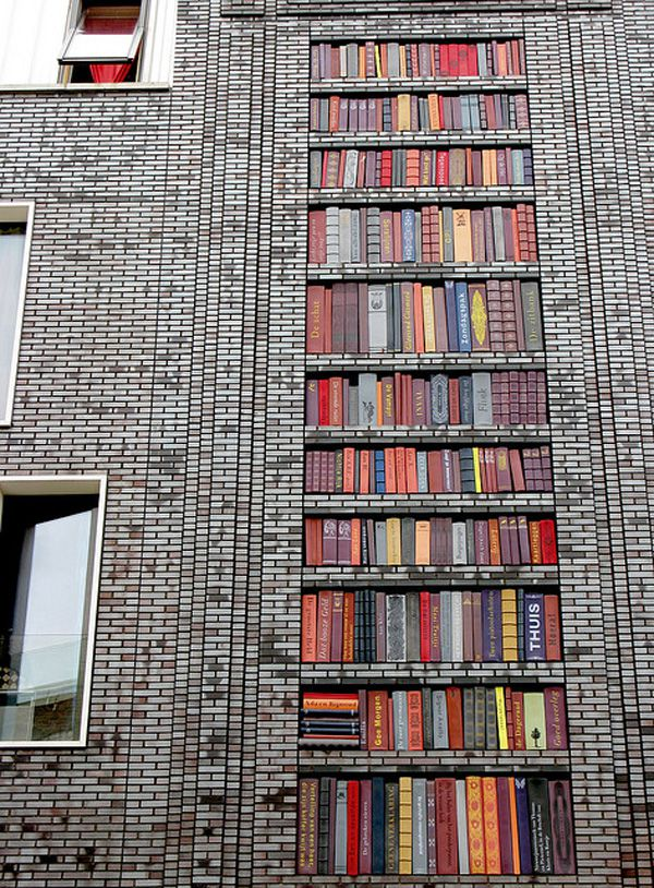 Wall of books - Amsterdam