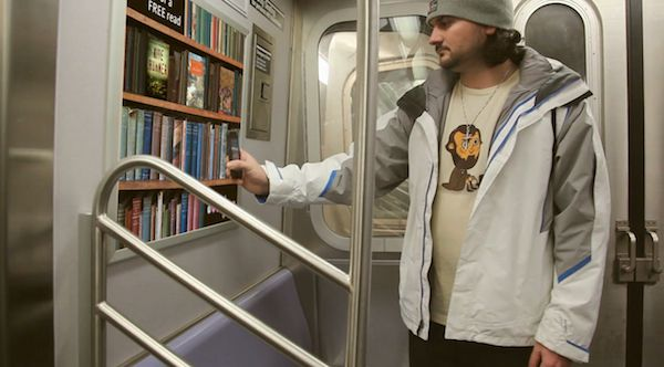 scanning-shelf-library-subway-taxi